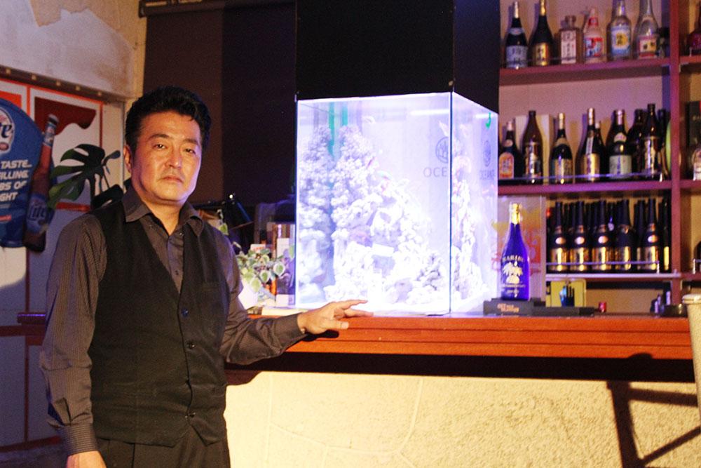 沖縄市美里マリブの水槽1海水魚、熱帯魚2